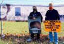 호아킨 피닉스, 활동가 레건 러셀을 기리는 행사참여